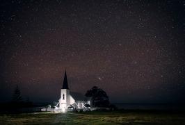 ©Neil Hutton _ Raukokore church night